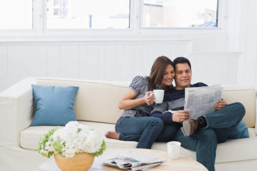 Study cohabiting men not completely committed to partner women of grace - Young couple modern homes ...