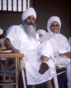 Yogi Bhajan and wife Bibiji