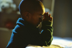 holychild-Praying2
