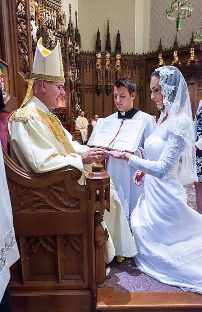 Consecrated Virgin Models Spiritual Motherhood  U2014 Women Of Gracewomen Of Grace