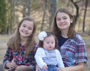 Emersyn with her two sisters, Evynn (l) and Rhyan (r)