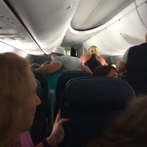 Richard Gotti's photo of Tebow praying with family of stricken passenger