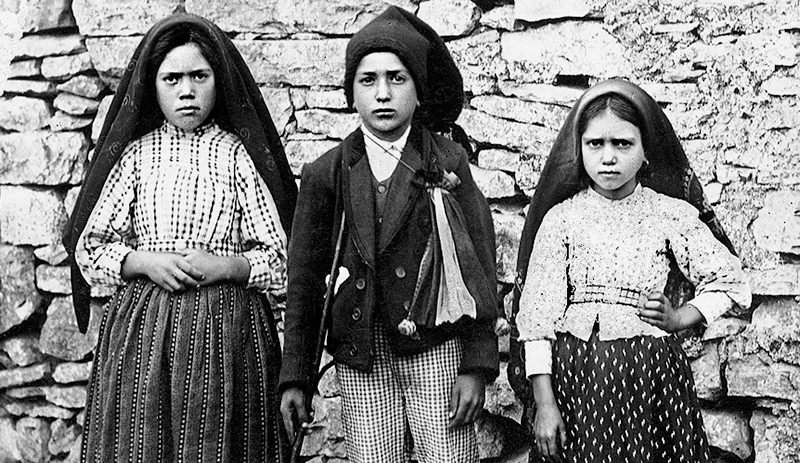The Fatima Seers (L/R) Lucia dos Santos, Francisco and Jacinta Marto