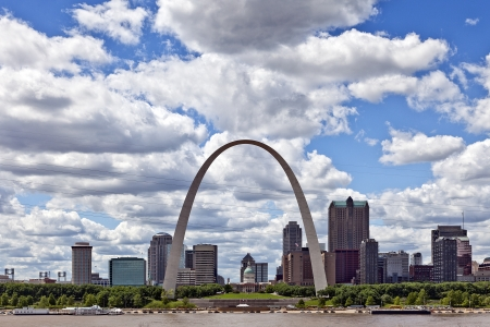 27850770 - city of st  louis skyline, missouri, usa